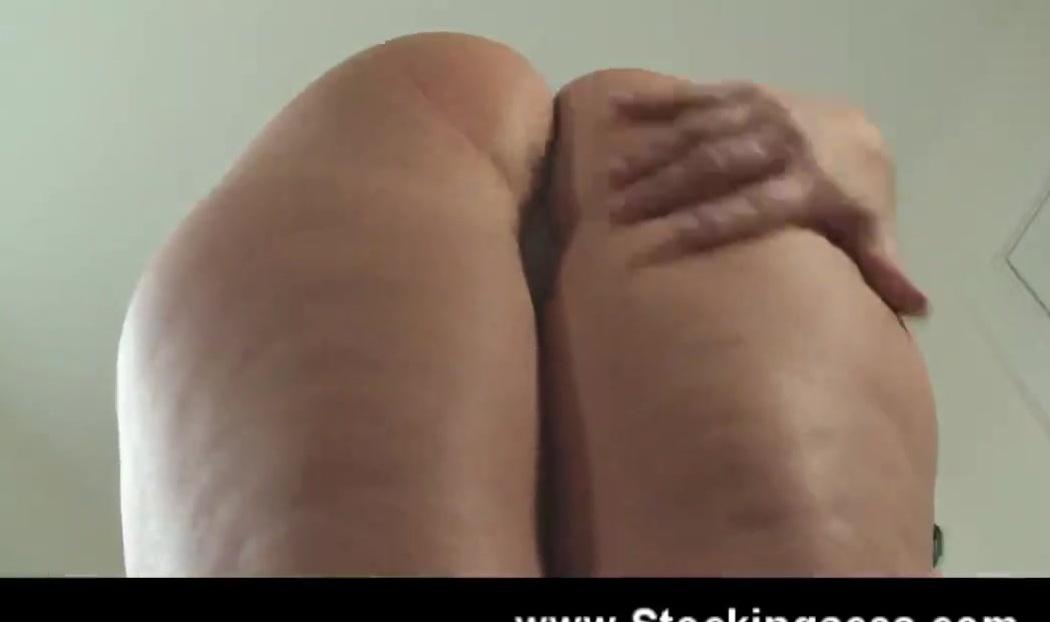 Видео с вибратором и грудастой фигуристой бабой